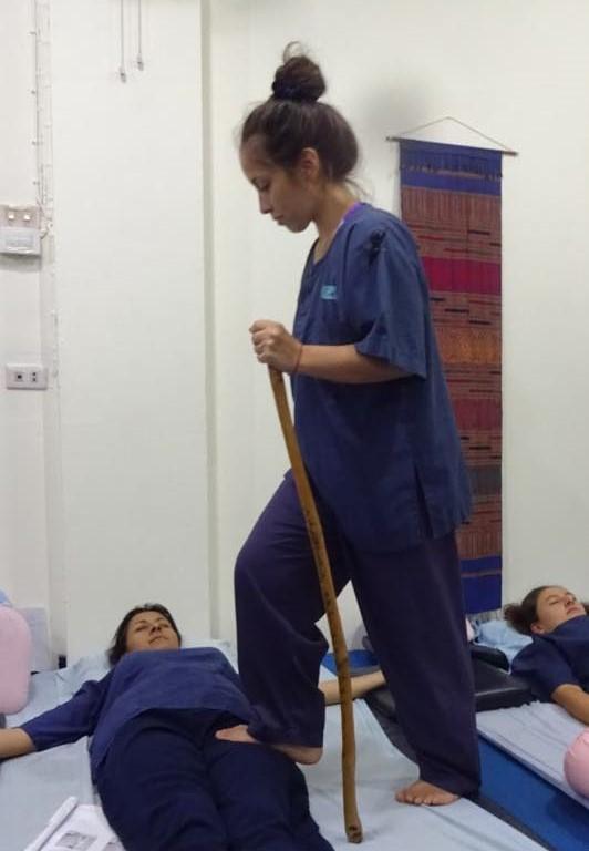 Masaje Tailandes con los pies